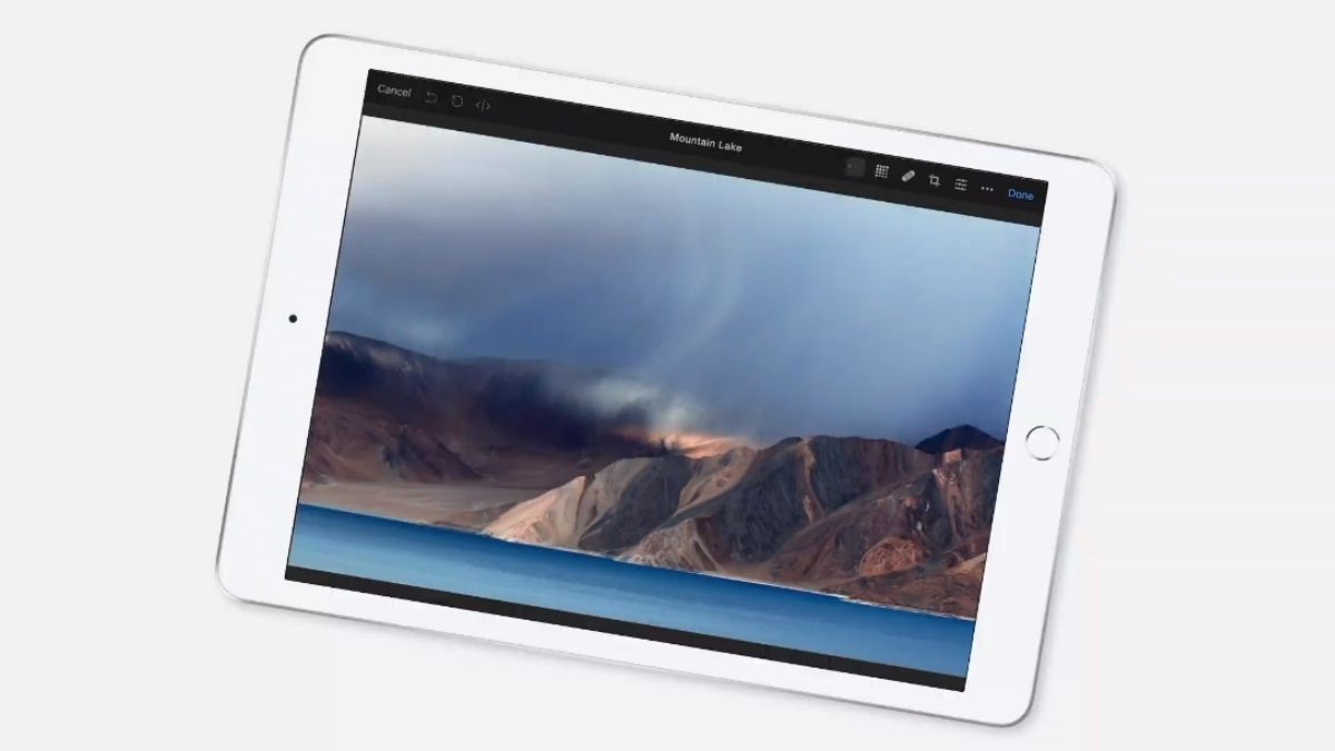 Apple iPad Air: All new 8th Gen Apple iPad with exclusive 10 year  anniversary shocking features